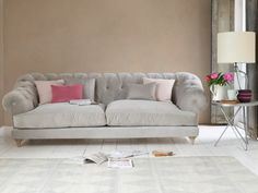 Loaf's deep-buttoned chesterfield Bagsie sofa in a soft and light Smoky Grey velvet in this airy living room Chesterfield Style Sofa, Loaf Sofa, Living Room Grey, Living Rooms, Sofa Legs, Sofa Frame, Weathered Oak, Luxury Sofa, Chaise Sofa