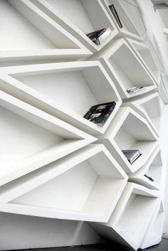 A Arquitetura de um Mobiliário | Design Set - Live for Inspiration // Um #mobiliário que se comporta como uma peça de #arquitetura.