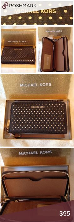 🆕 PRICE⬇️MICHAEL KORS WRISTLET/PHONE COMPARTMENT 🌸MICHAEL KORS WRISTLET🌸  NEW IN BOX REMOVABLE STRAP PHONE COMPARTMENT  BILL COMPARTMENT  ID WINDOW  6 CREDIT CARD SLOTS  ZIPPER COIN COMPARTMENT Michael Kors Bags Clutches & Wristlets