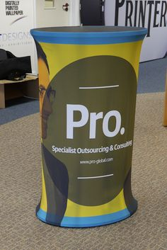 The TEXStyle Oval Counter is a great looking, portable display counter ideal for exhibitions and events. Portable Desk, Portable Display, Small Reception Desk, Staffordshire Uk, Your Design, Counter, Canning, Printed, Fabric