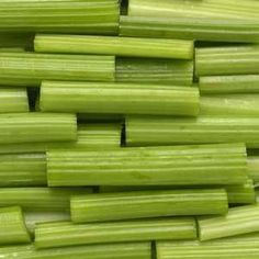 When it's fresh and crisp, a stalk of celery can be a great addition to a bloody mary. But sometimes—and, if we're being realistic, more often than not—that celery is wilted and limp and chewy and … How To Store Celery, How To Cook Celery, Vegetable Smoothies, Celery Juice, Baking Tips, Fruits And Veggies, Store Vegetables, Food Items, Food Hacks