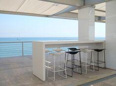 LAST MINUTE 39º 27N 32nd America´s Cup Port Lounge Restaurant
