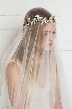 De la nota: Velos de novia bohemios y estilo vintage  Leer mas: http://www.hispabodas.com/notas/2818-velos-novia-bohemios-y-vintage