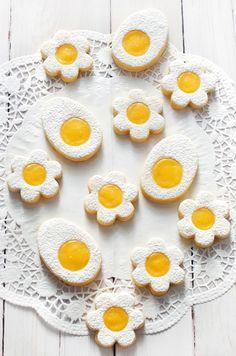 Ez a recept megjelent a Kifőztük magazinban is, az újság ingyenesen letölthető a weboldalról. A tojás és a virág ...