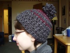 Free Beanie Pattern with Super Chunky Yarn called Chunky Chicago Hat found from CrochetMe.com
