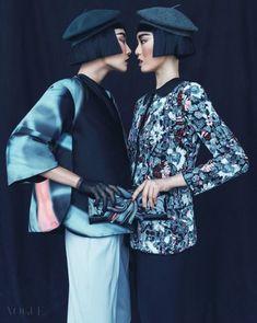 Hong Ji Soo & Hwang Gippeum for Vogue Korea August Photographed by Kim Young Joon Fashion Foto, Korea Fashion, Asian Fashion, High Fashion, Fashion Beauty, Vogue Fashion, Vogue Korea, Editorial Photography, Fashion Photography