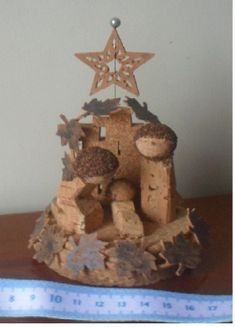 Presépios :: Arte&Cork Christmas Crafts, Christmas Decorations, Agenda Planner, Wine Cork Crafts, Nativity Crafts, Candle Holders, Projects To Try, Candles, Kids