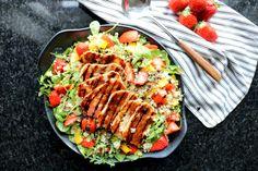 Halloumi, Quinoa, Cobb Salad, A Food, Lunch, Baking, Red Peppers, Eat Lunch, Bakken