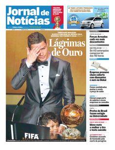Bom dia! Já leu o JN de hoje? Espreite a primeira página, onde se destaca a Bola de Ouro conquistada por Cristiano Ronaldo.