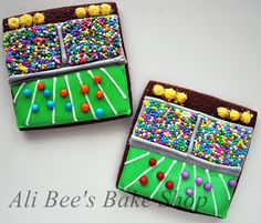 Ali Bee's Bake Shop: Tutorial: Stadium Cookies