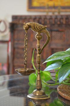 Antique Interior, Antique Lamps, Antique Decor, Antique Metal, Antique Furniture, Indian Interior Design, Contemporary Interior Design, Interior Design Living Room, Modern Interior