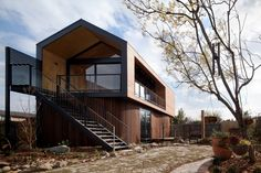 Artist's Studio / Chan Architecture