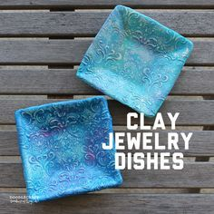 Picture of Damask Polymer Clay Jewelry Dishes! Sculpey Clay, Polymer Clay Kunst, Polymer Clay Projects, Polymer Clay Beads, Diy Clay, Clay Bowl, Clay Vase, Vases, Baking Clay