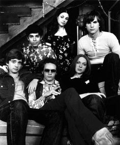 That 70's Show , i think it's awesome how the cast hardly ever changed , they didn't need new people to make the show interesting , it was perfect with just them . i LOVE it .