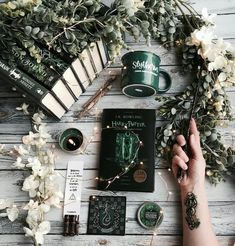 Who is your favorite Slytherin character? Today Im going to go with Draco! Who is your favorite Slytherin character? Today Im going to go Ravenclaw, Slytherin House, Slytherin Pride, Hogwarts Houses, Slytherin Snake, Slytherin Clothes, Photo Harry Potter, Theme Harry Potter, Harry Potter Fandom