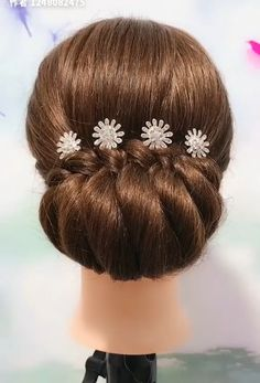 Beautiful enchanting buns hairstyles - Beautiful enchanting buns hairstyles Best Picture For diy clothes For Your Taste You are looking - Hair Up Styles, Medium Hair Styles, Bun Hairstyles For Long Hair, Braided Hairstyles, Hair Updo, Easy And Beautiful Hairstyles, Easy Summer Hairstyles, Hair Style Vedio, Style Hair