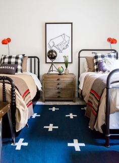 cute shared kids bedroom with pendleton blankets and a western feel The guest bedrooms of my Heber House Project are modern and minimalist but with layers of textiles for a rich rustic vibe. Check them out! City Bedroom, Bedroom Decor, Bedroom Red, Bedroom Lighting, Master Bedroom, Pretty Bedroom, Bedroom Lamps, French Country Bedrooms, Bedroom Country