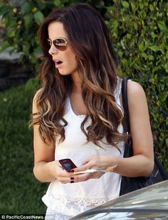 Brown ombre. I'm so doing this to my hair when I get it done next.