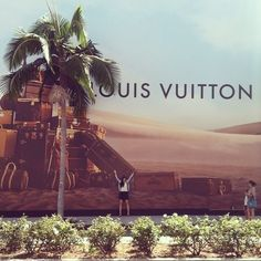 """5e50aecc2b2 Carrie A Mitchell ✈ on Instagram: """"You must be this tall to purchase a # LouisVuitton bag. (Yes, that's me) #LA #thestylishtraveller #rodeodrive ..."""