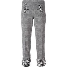 Rossella Jardini glen plaid cropped trousers ($345) ❤ liked on Polyvore featuring pants, capris, black, print pants, plaid trousers, patterned trousers, tartan trousers and plaid pants