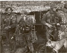 SEAL Team 2 (l-r): Boyce, Drady, Schwalenberg and Military Working Dog Silver, Vietnam Vietnam History, Vietnam War Photos, Vietnam Vets, Military Working Dogs, Military Art, Military History, Military Drawings, Us Navy Seals, United States Army