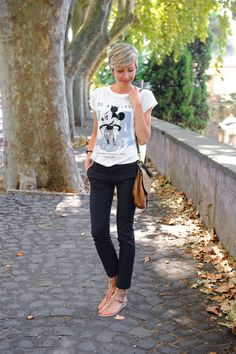 #disney #tshirt #fashion #style #look #outfit #closet #wear #dressup #fashionable #chic   source at http://www.coffeeblooms.com/coffeeblooms/2014/09/black-white-brown-mickey-mouse/