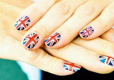 Hermosas uñas y muy fáciles de hacer