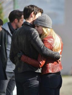 "Jennifer Morrison and Colin O'Donoghue - Behind the scenes. Season 4 Episode 20 "" Mother "" 3rd March"