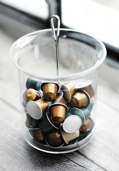 Love displaying the stunning colors of your favorite Nespresso Grand Crus? You're in luck! The Ritual Swirl Capsule Dispenser will allow you to collect your favorite brews and display them beautifully.