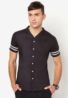 540be878aa EZRA BY ZALORA Baseball Short Sleeve Shirt 短袖棒球恤衫 Baseball Shorts