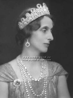 Queen Louise was very partial to the Leuchtenberg sapphires, wearing the tiara on formal and more informal occasions.