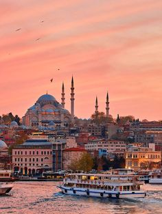 Cool Places To Visit, Places To Travel, Places To Go, Beautiful Mosques, Beautiful Places, Outdoor Reisen, Turkey Country, Turkey Places, Istanbul Travel