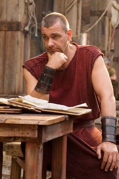 Rome__Pullo at table Rome Tv Series, Hbo Series, Rome Tv Show, Ray Stevenson, Best Historical Dramas, Historical Fiction, Rome Hbo, Tv Themes, Ancient Rome