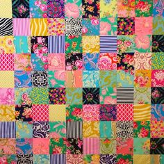 Blue Mountain Daisy: Bubbles - A Finished Quilt.