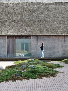 An architectural tactile dream in the South West of Denmark. Captured by Silke Bonde Natural Architecture, Scandinavian Architecture, Contemporary Architecture, Architecture Details, Landscape Architecture, Interior Architecture, Landscape Design, Modern Landscaping, Backyard Landscaping