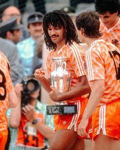 World Football, Football Jerseys, Football Kits, Ruud Gullit, Marco Van Basten, Vintage Football, Fifa World Cup, Dream Team, Holland