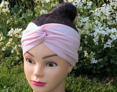 Pretty navy blue with white polka dots, cotton- viscose scrunchie Hair scrunchie perfect for ponytails or messy buns! Depending on thickness of hair, scrunchie will wrap hair twice. Hand wash and air dry Handmade with love, vintage style Yoga Headband, Twist Headband, Turban Headbands, Pink Hair, Blue Hair, Boho Fashion, Vintage Fashion, Yoga Band, Boho Chic