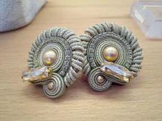 Side by side Intrigue earrings. #doricsengeri #earrings #gold #pearl #Elegant #smallearrings
