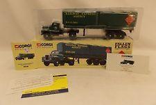Corgi Classics Railway Express Agency R.E.X 2095 Mack B Series Semi 52801