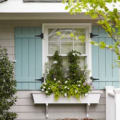 House of Turquoise: Jules Duffy Designs Love these shutters.style and color (don't like the plants in window box) Shutters Exterior, Exterior Colors, Exterior Design, Exterior Paint, Exterior House Colors, Cottage Decor, House Painting, House Shutters, Cottage Style