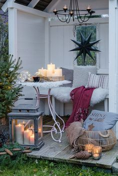 Christmas spirit in the garden and on the terrace Garden Floor, Balcony Garden, Terrace, Christmas Garden, Christmas Porch, Shabby, Pastel, Tumblr Wallpaper, Muted Colors