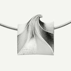 Finlandia sterling silver pendant by Eelis Aleksi.