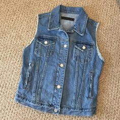 🔺SALE🔺Free People- Denim Vest W/ Silver Buttons Purchased from FP store, over a year ago....worn only a few times. I cut size label out, but it's a large. Looks great worn open, with maxi dresses, and skirts. Mint condition! Free People Jackets & Coats Vests