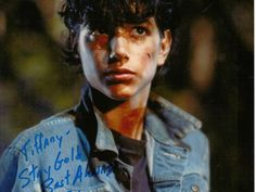 Ralph Macchio as Johnny in The Outsiders 1983 The Outsiders Johnny, The Outsiders 1983, 80s Movies, Good Movies, I Movie, Die Outsider, Ralph Macchio The Outsiders, Radios, Greaser