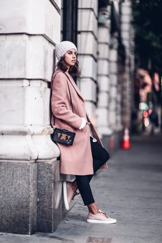 Casual pastel outfit - pink coat + lavender hat + pink sneakers