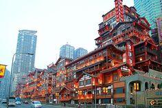 Chinese Architecture, Modern Architecture, China Pics, Wooden Skyscraper, Travel Around The World, Around The Worlds, May Bay, Futuristic City, Chongqing