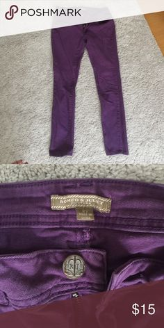 Purple jeans Size 27, ankle length Romeo & Juliet Couture Jeans Skinny