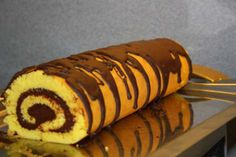 Hot Dog Buns, Hot Dogs, Something Sweet, Biscuits, Bread, Cookies, Ethnic Recipes, Romanian Recipes, Crack Crackers