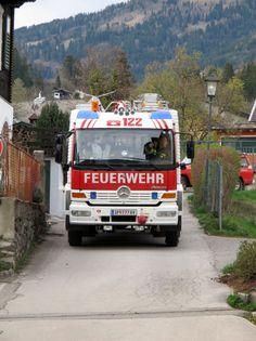 Tatü Tata, wer kommt denn da? Vehicles, Challenges, Fire Department, Funny, Car, Vehicle, Tools