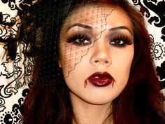 Sexy Vampire halloween makeup look. DIY